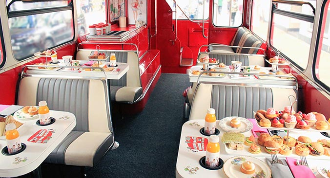 Afternoon Tea Bus Tour Tickets buchen
