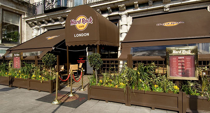 Hard Rock Cafe London U Bahn