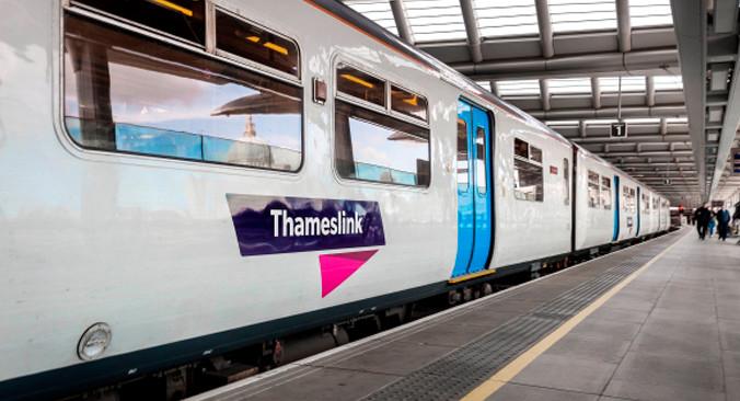 Luton Airport Transfer mit Thameslink Tickets buchen